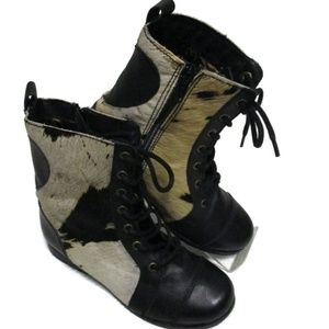 Betsey Johnson Levana Ponyhair Boots 5.5 M